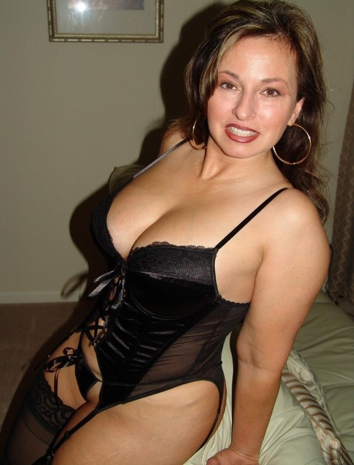 Seductive mom id like to fuck 5